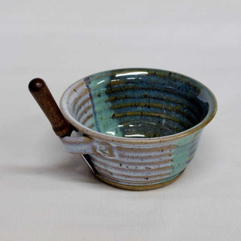 spreader cup - small pottery