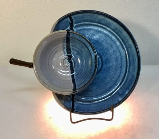 spread cup and plate